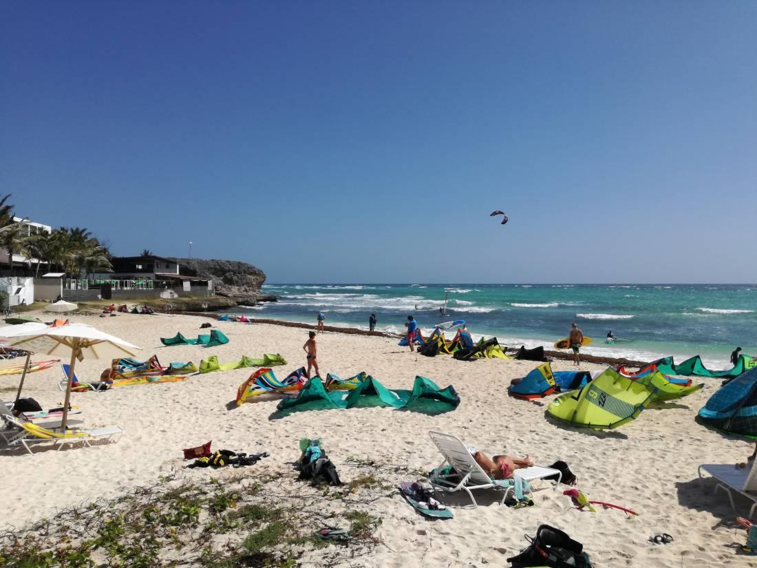 Kitesurf barbados spot silver rock guida per il tuo kitetrip for Vento di sabbia silver